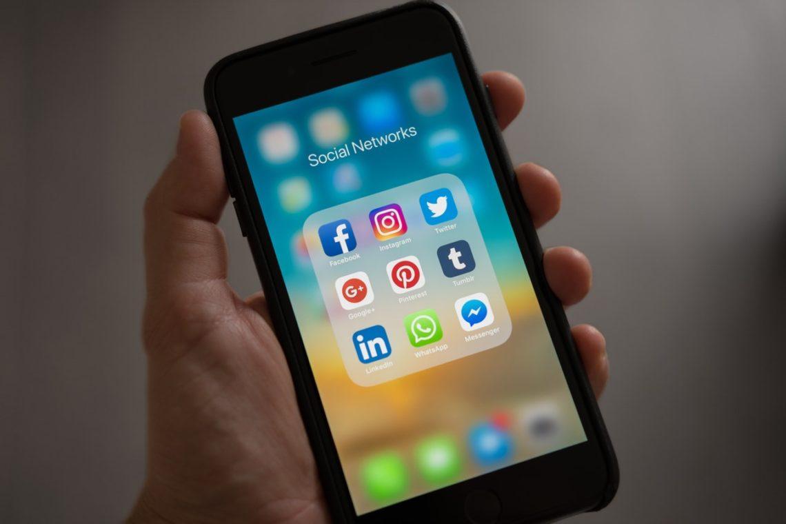 family-law-sharing-social-media
